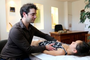 aymeric-loutrel-osteopathe-nimes